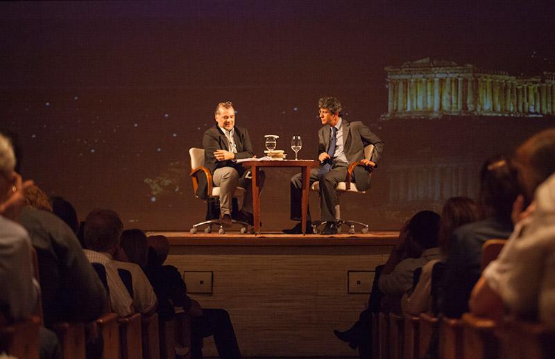 Gustavo Franco, autor de Shakespeare e a Economia e José Roberto de Castro Neves, autor de Medida por Medida - o direito em Shakespeare