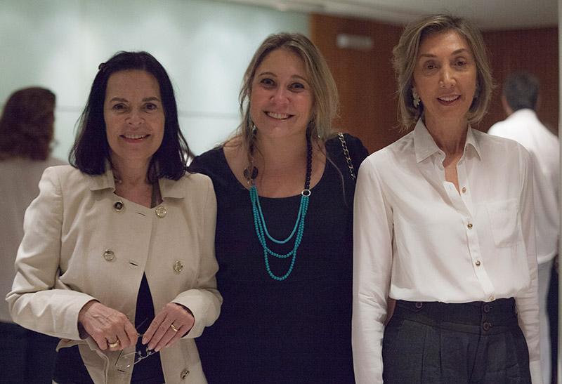 Susan Mace, a produtora, Liana Leão a curadora das mesas, Marcia Amaral Peixoto, PUC-Rio